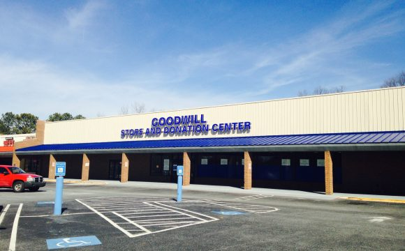 Cobb Parkway Goodwill Thrift Store & Donation Center in Smyrna, GA
