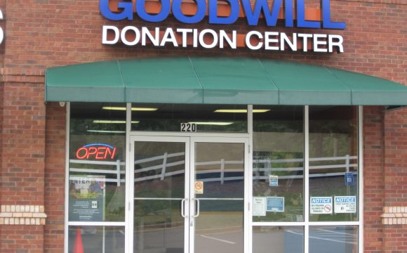 Roswell Corners Donation Center in Roswell, GA
