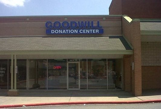 North Kennesaw Goodwill Donation Center in Kennesaw, GA
