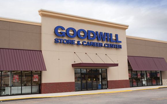 Goodwill Thrift Store, Donation Center, & Career Center in Oakwood, GA